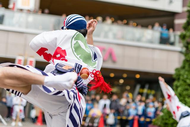 阿波踊り、奴踊りの躍動感溢れる写真