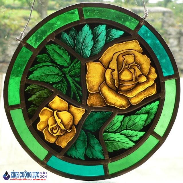 Ấn tượng khó phai với tranh kính hoa hồng