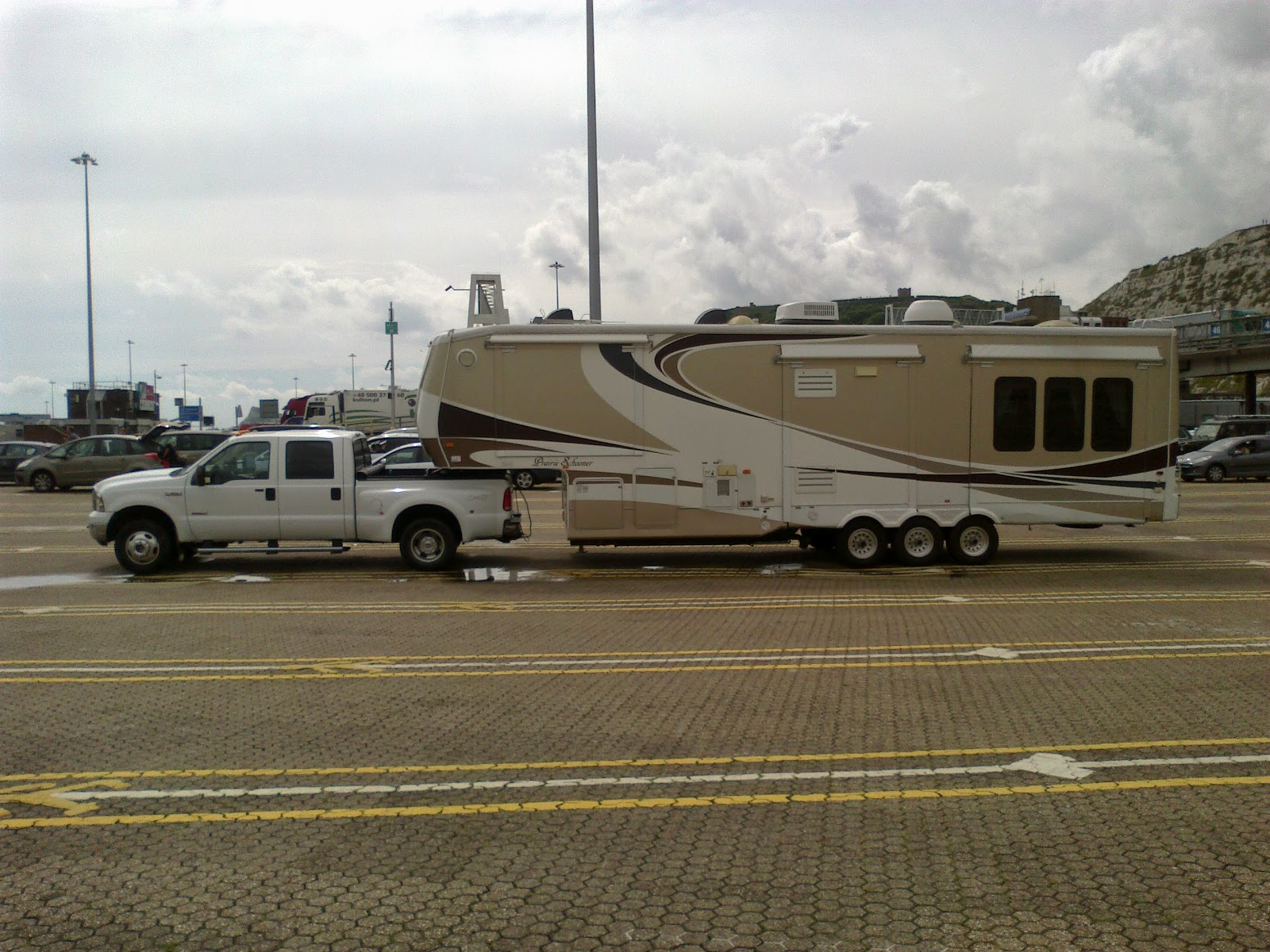 fifth wheel transport to France