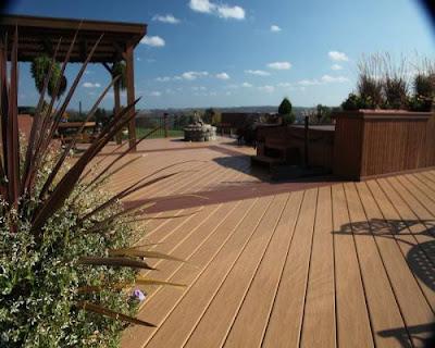Khi lựa chọn sàn gỗ ngoài trời cần lưu ý một số đặc điểm