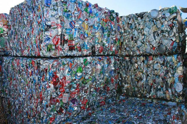 Απίστευτο: Η Σουηδία ανακυκλώνει και αξιοποιεί το 99% των σκουπιδιών της (βίντεο)