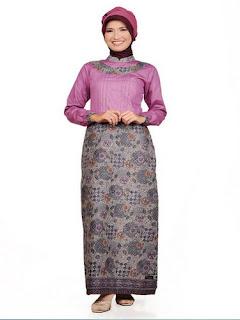 Model Long Dress Batik Kombinasi Brokat