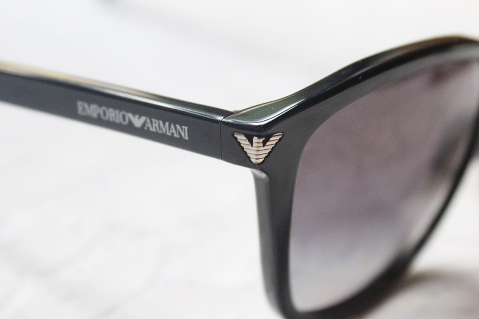 Emporio Armani Ladies Sunglasses (EA4060-50178G-56)