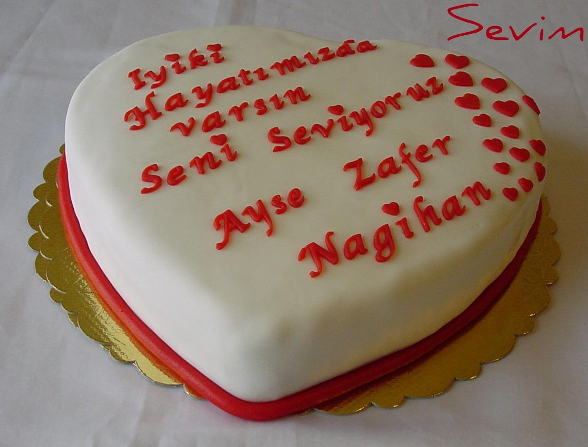 pastanın üzerine yazılan güzel yazılar