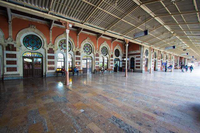 Stazione ferroviaria Sirkeci