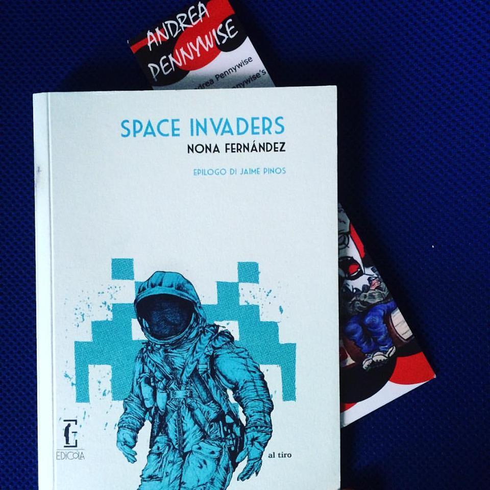 Un antidoto contro la solitudine space invaders il cile - La nona porta libro ...