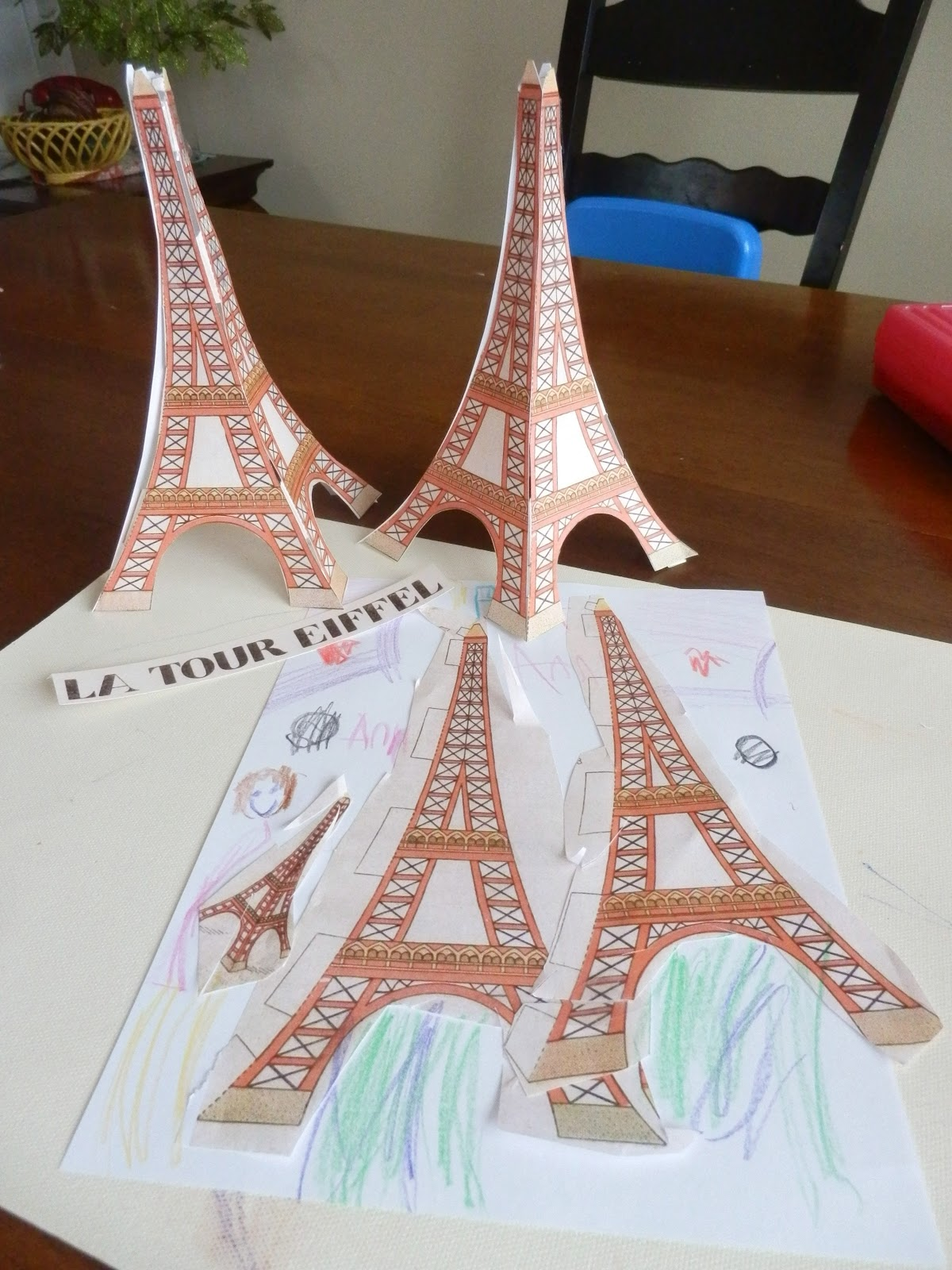 Pocket full of poesies la tour eiffel for Eiffel tower model template