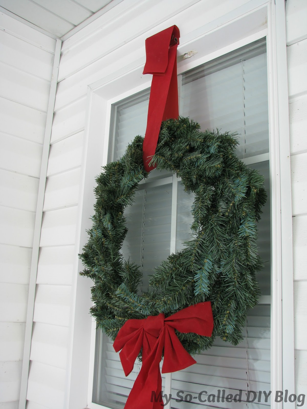 My So Called Diy Blog Hanging Wreaths From Metal Frame