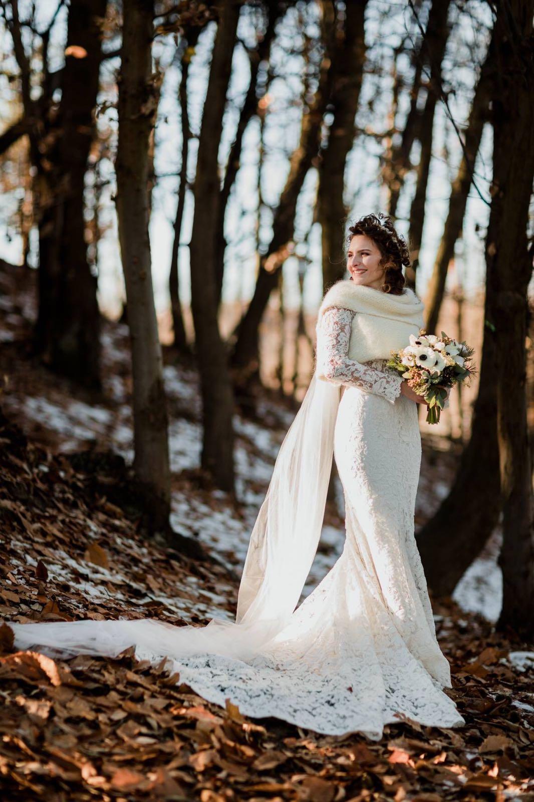 f5f0e529e6a1 A parlarvi del trucco da sposa invernale c è la nostra fidata make up  artist Monica Cena