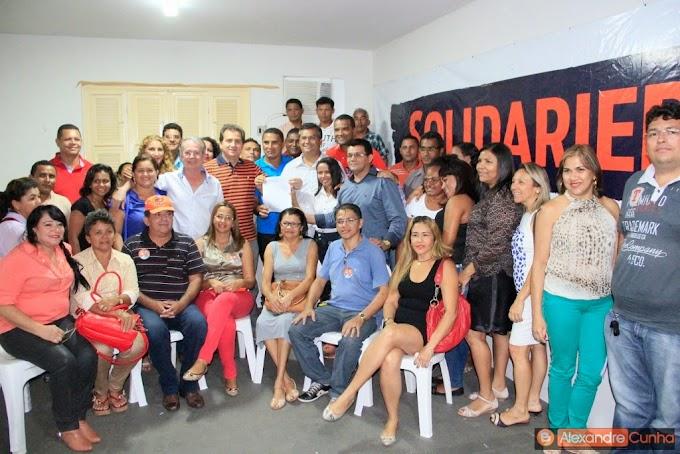 Levi Pontes e Flávio Dino recebem agentes comunitários de saúde e reforçam compromisso