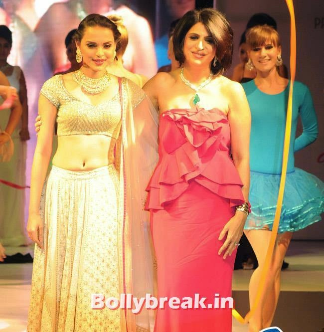 Varuna D Jani and Gail Da Silva, Yuvika Choudhary at Femina Sparkle Fest 2014 Fashion Show