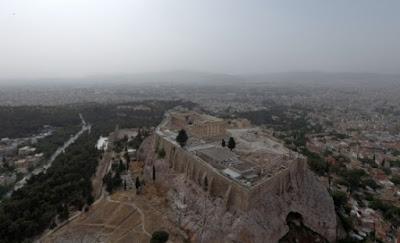 Ένα χιλιόμετρο τειχών της Ακρόπολης στο «μικροσκόπιο»