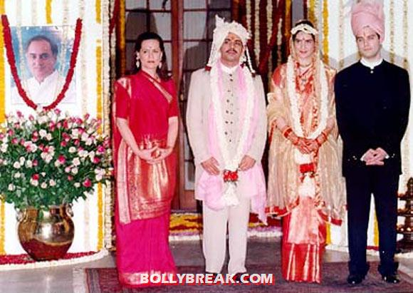 Priyanka Gandhi Robert Vadra Marriage Pics - 10 Pics