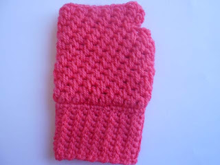 crochet gloves-crosia mittens-mesh stitch-gloves design-finger less gloves
