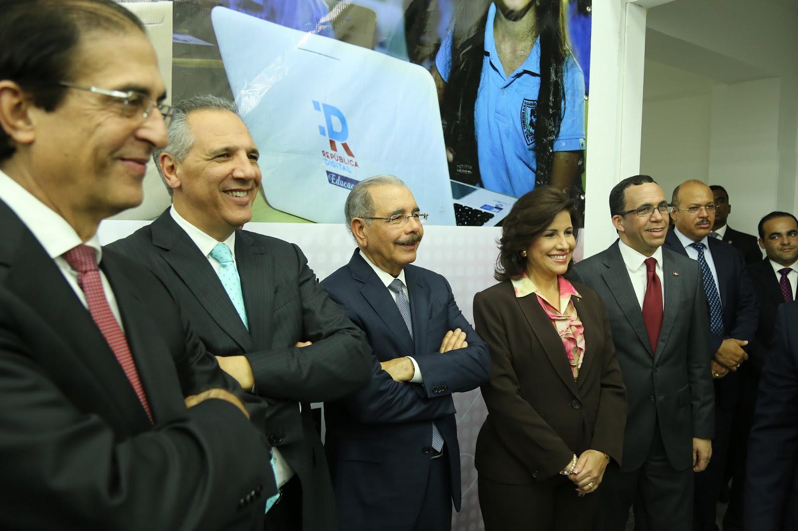 Danilo Medina entrega sede República Digital Educación para elevar calidad enseñanza aprendizaje