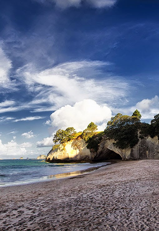 Holidayspots4u: Cathedral Cove
