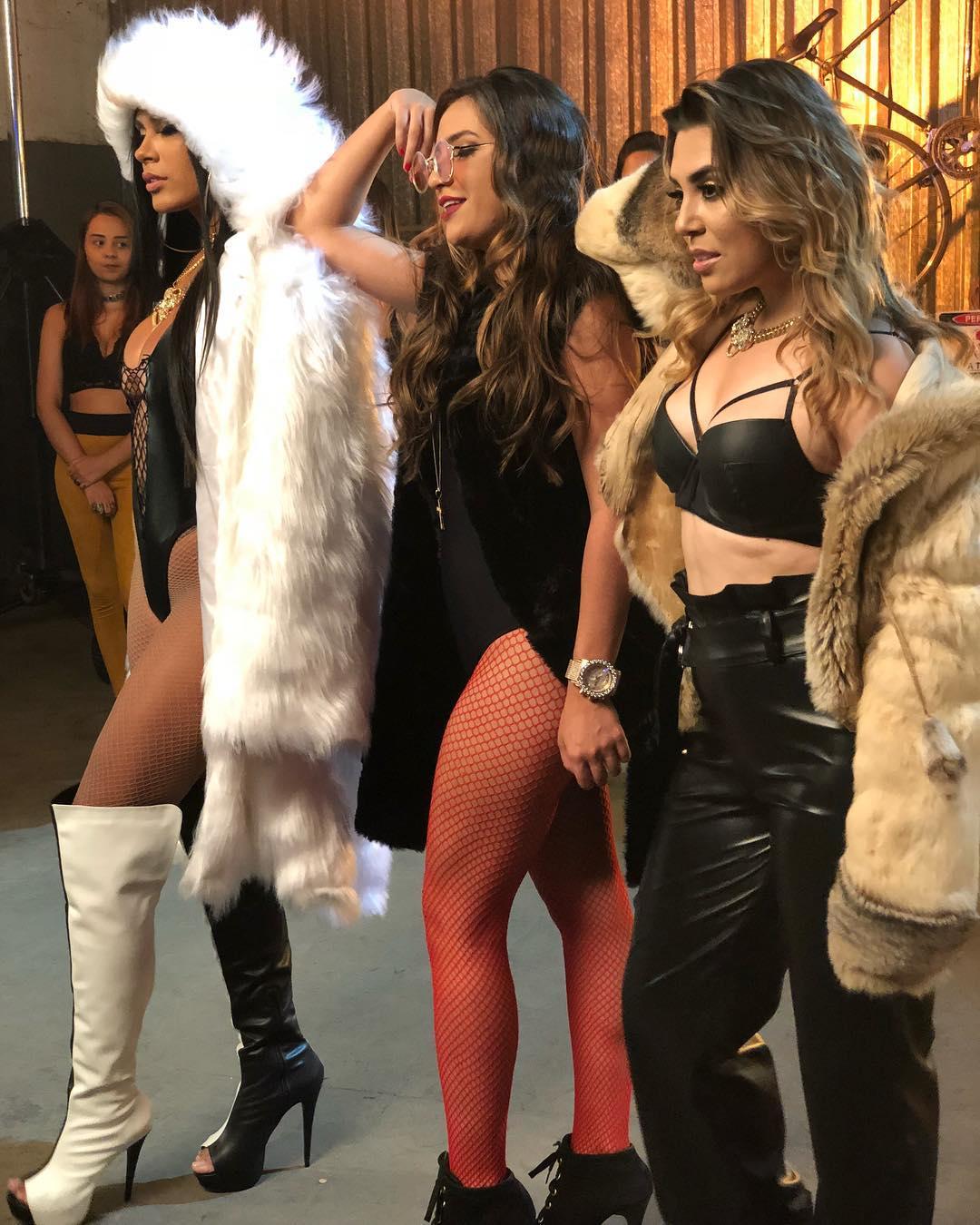 Baixar Oh Quem Voltou - Dani Russo e MC Pocahontas feat Naiara Azevedo Mp3