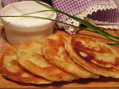 Lepinjice sa sirom / Bun with cheese