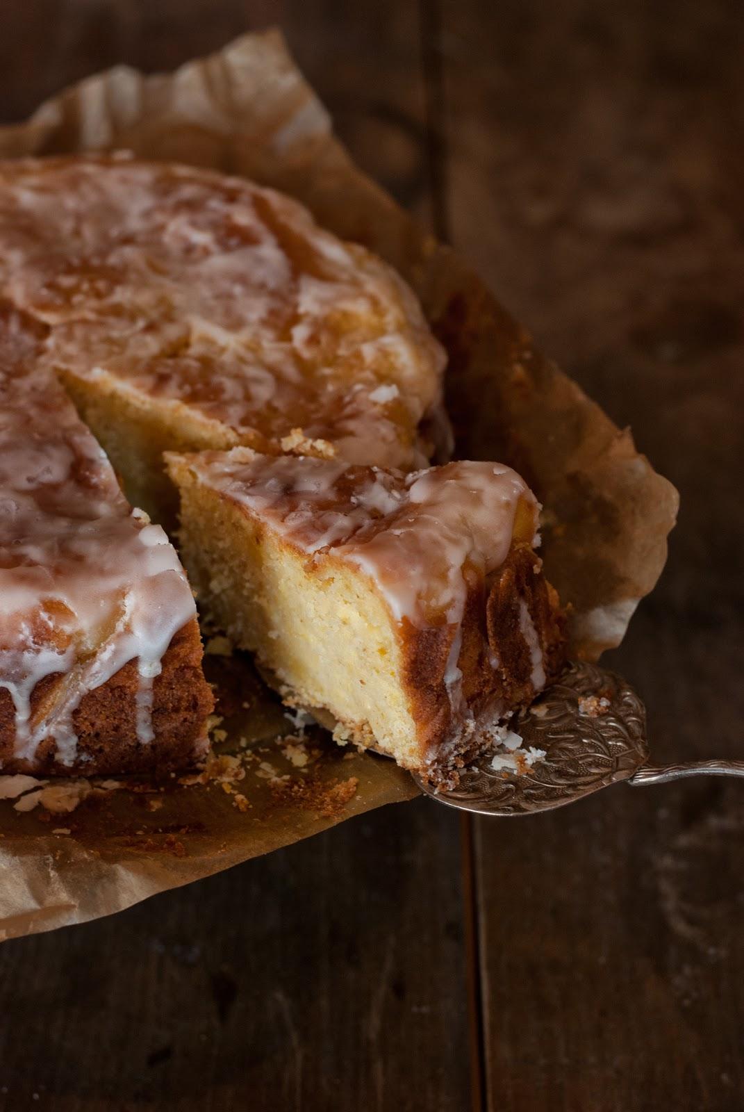 Ciasto cytrynowe z cukinią i lukrem