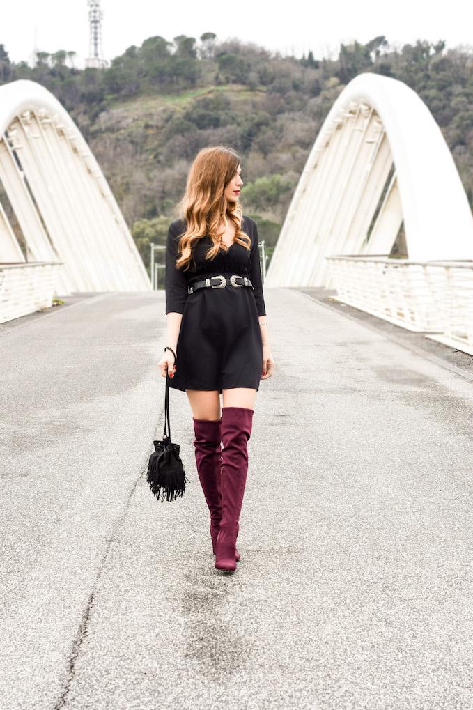 Vestitino nero con cintura western