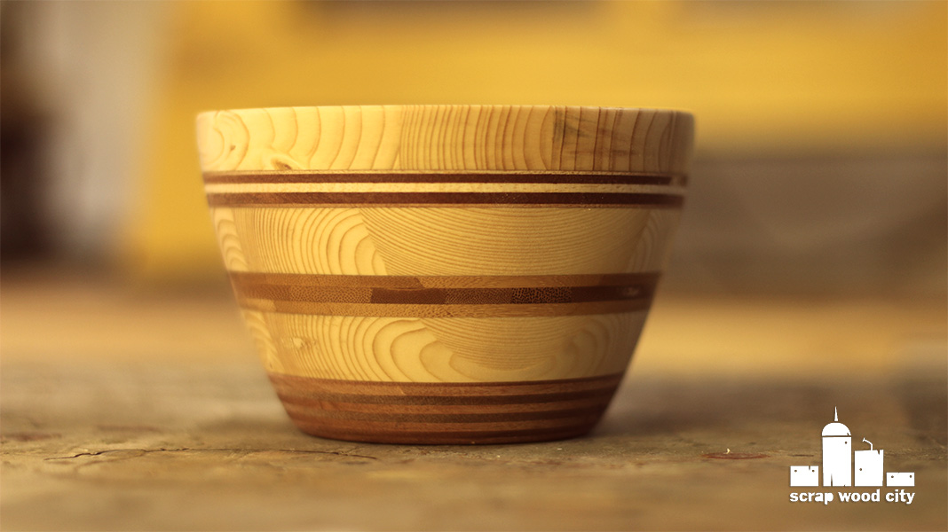 scrap wood city: Turning a wooden bowl out of scrap wood