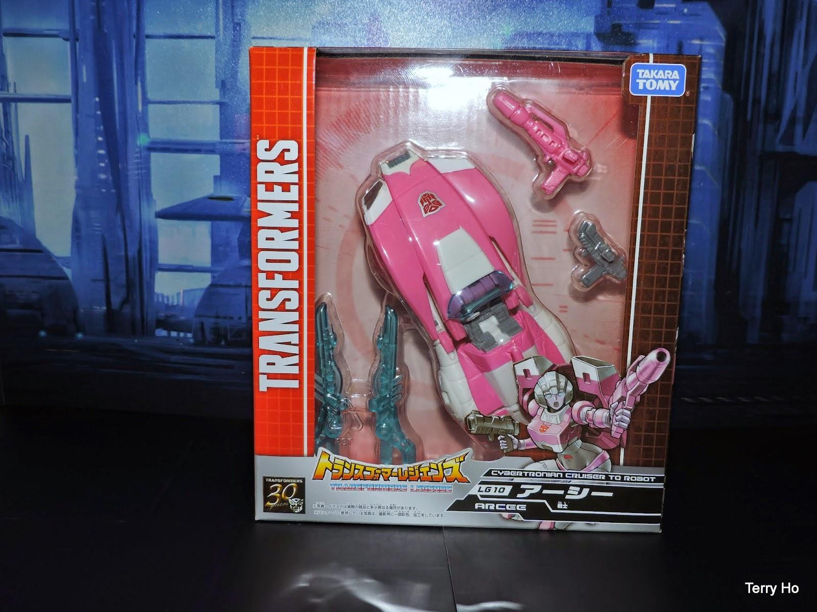 Transformers Legends Arcee LG10 Takara Tomy