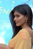 hebah patel cute half saree pics-thumbnail-9