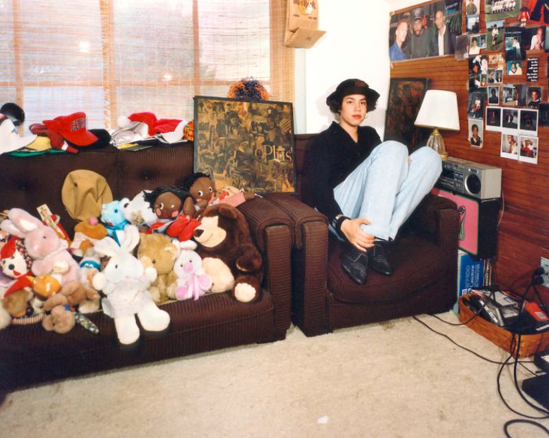 18 Nostalgic Photos of '90s Teenagers in Their Bedrooms ... on 90 Room  id=46629