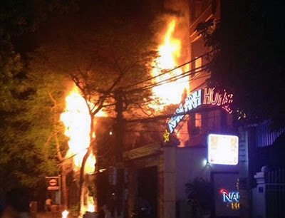 Vụ cháy kinh hoàng xảy ra tại quá bar Boom - TP Hải Dương