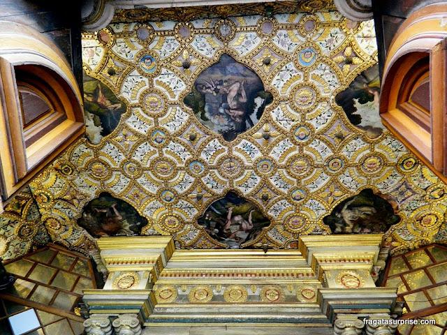 Detalhe do forro da Igreja de São Francisco, Quito, Equador