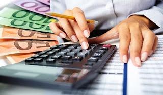 Δάνεια: Διαγράφουν χρέη οι τράπεζες