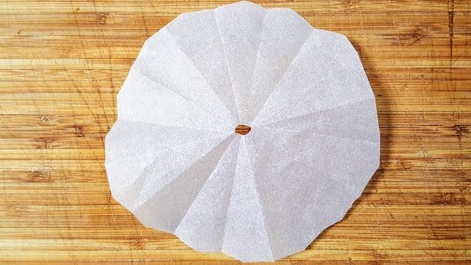 Réaliser un couvercle en papier sulfurisé