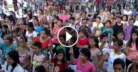 Masya Allah, Video Satu Desa Masuk Islam Bareng-Bareng Ini Bikin Merinding
