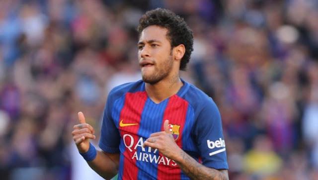 El crack Neymar logra una proeza de los 'Super campeones': mete gol de un edificio a otro