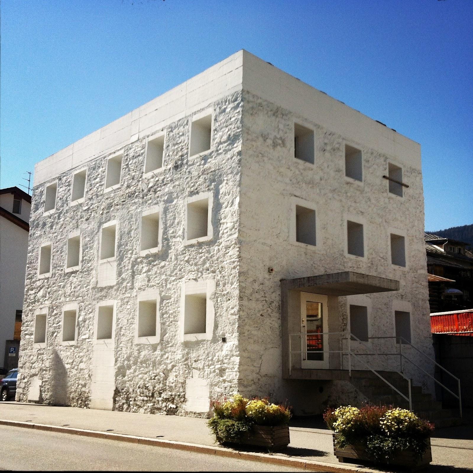John Bauermuseum Das Gelbe Haus Olgiati