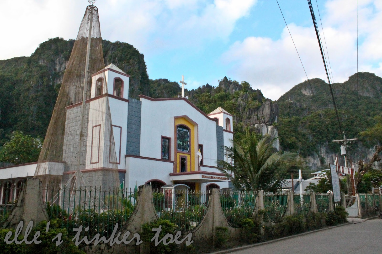 el nido catholic singles With over 7,500 idyllic islands making up the tropical archipelago of the philippines, you could island hop to a different island every day for 20 years so with limited time and an.
