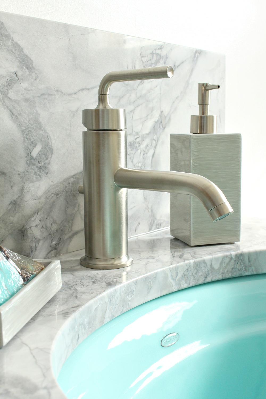 Bathroom Update: Kohler Purist Faucets + Crisis Averted | Dans le ...