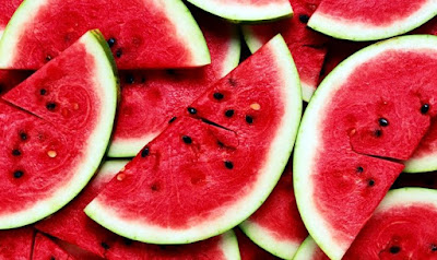 Benefits of Watermelon for expectant mothers in the early