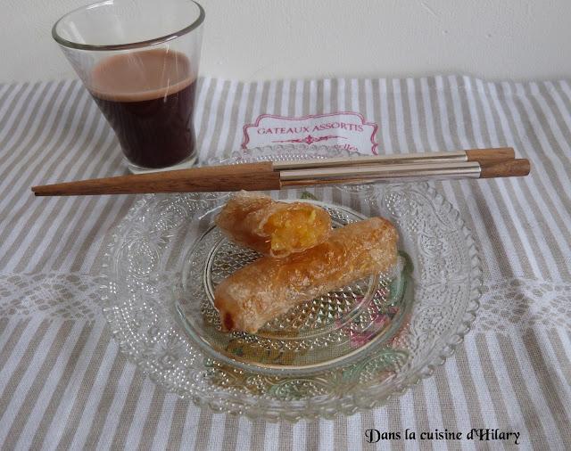 Nems à l'ananas caramélisé et leur sauce au chocolat