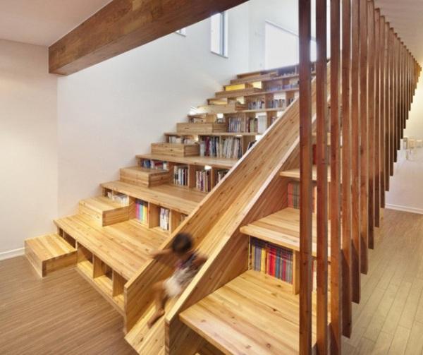 8 scale con libreria case e interni for Case interne