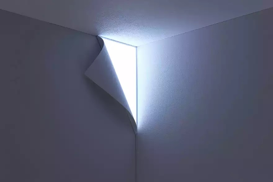 Wall Peel Lamp