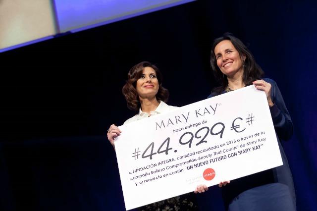 Mary_Kay_dona_44.929_€_a_Fundación_Integra_en_ayuda_a_mujeres_víctimas_de_violencia_de_género