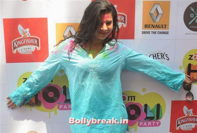 Sambhavna Seth, Sunny, Tanisha, Poonam & Kainaat at Zoom Holi Party 2014