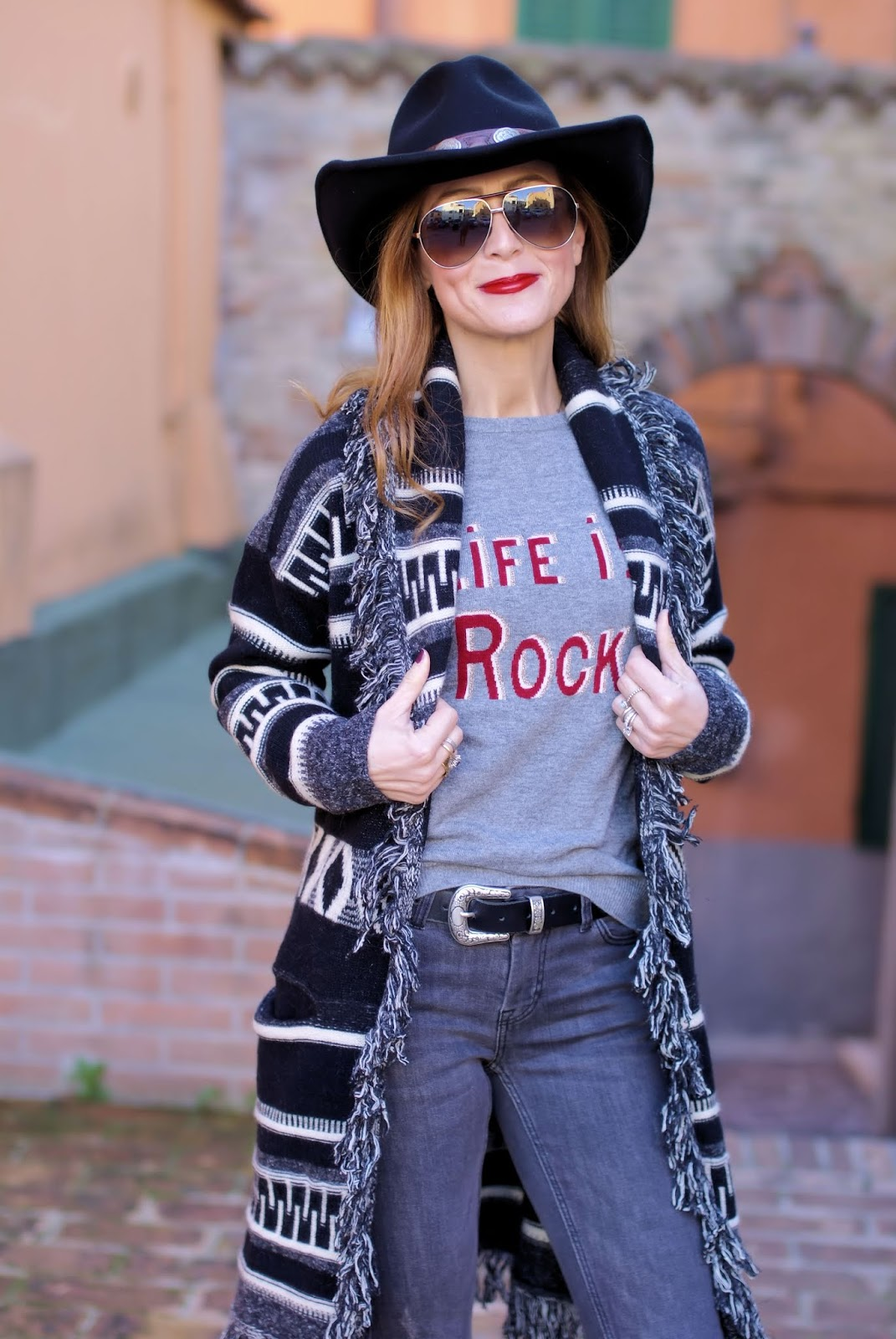 How to dress Country Western style in Winter: cowboy boots on Fashion and Cookies fashion blog, fashion blogger style