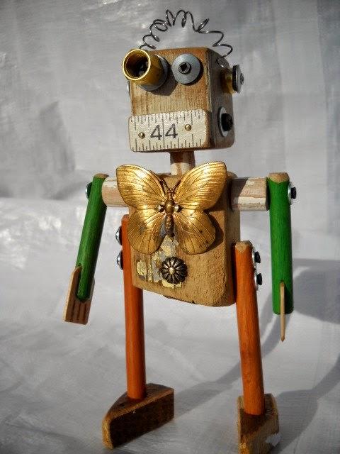 diseño de robot de juguete de madera