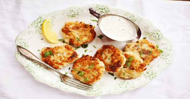 Crispy Potato-Fish Cakes Recipe