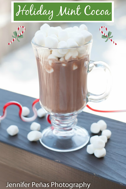 Holiday Mint Cocoa, Christmas cocktail, milk, cocoa powder, chocolate powder, peppermint schnapps, Kahlua, coffee liqueur, Mint Cocoa picture, Mint Cocoa photo, Mint Cocoa image