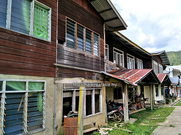 Longhouse in Buduk Nur Bakelalan