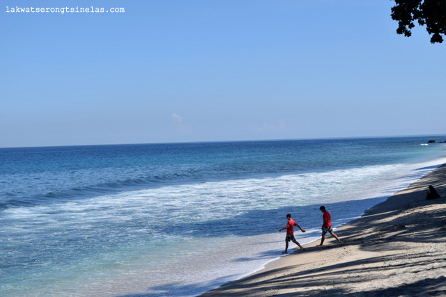 ABSOLUTELY LEISURE AT HOLIDAY RESORT LOMBOK INDONESIA