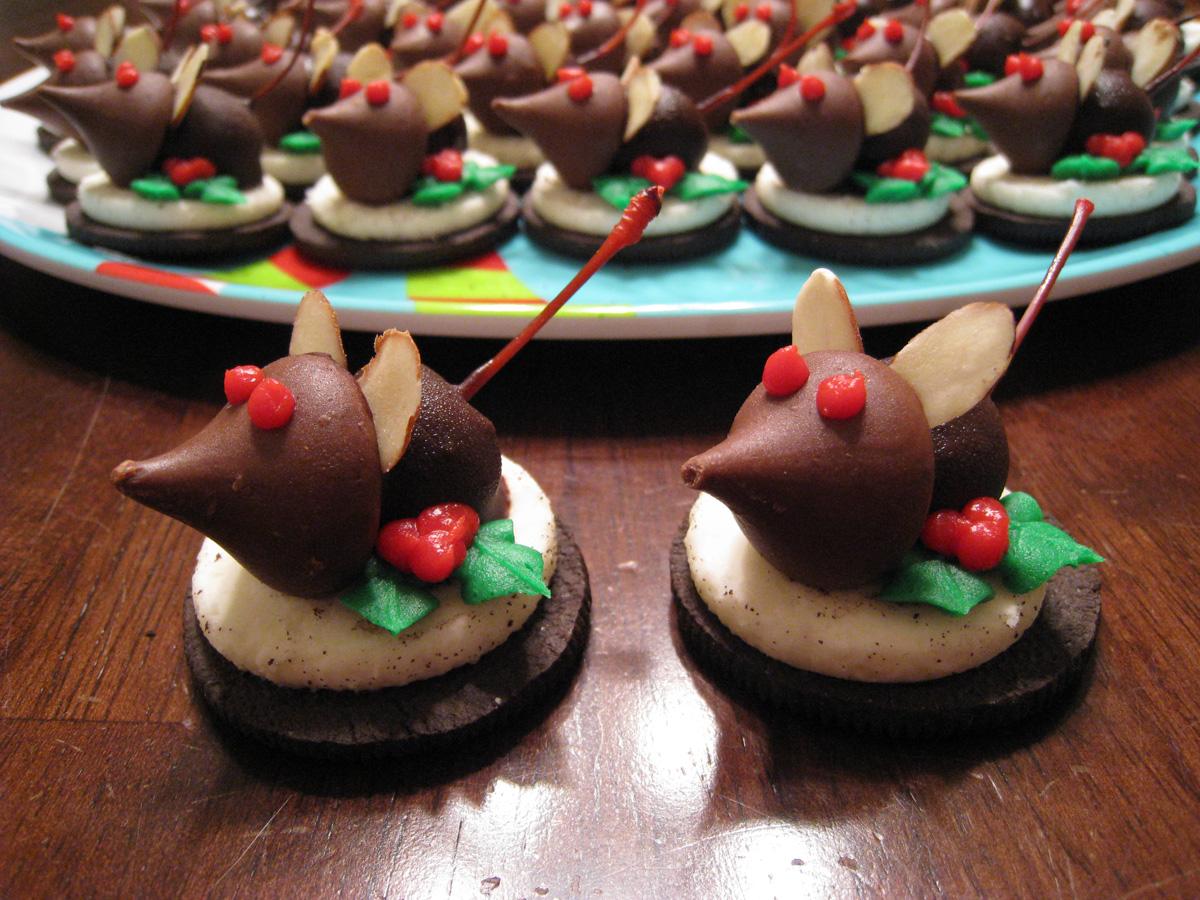 eat  sleep  craft   christmas mice cookies